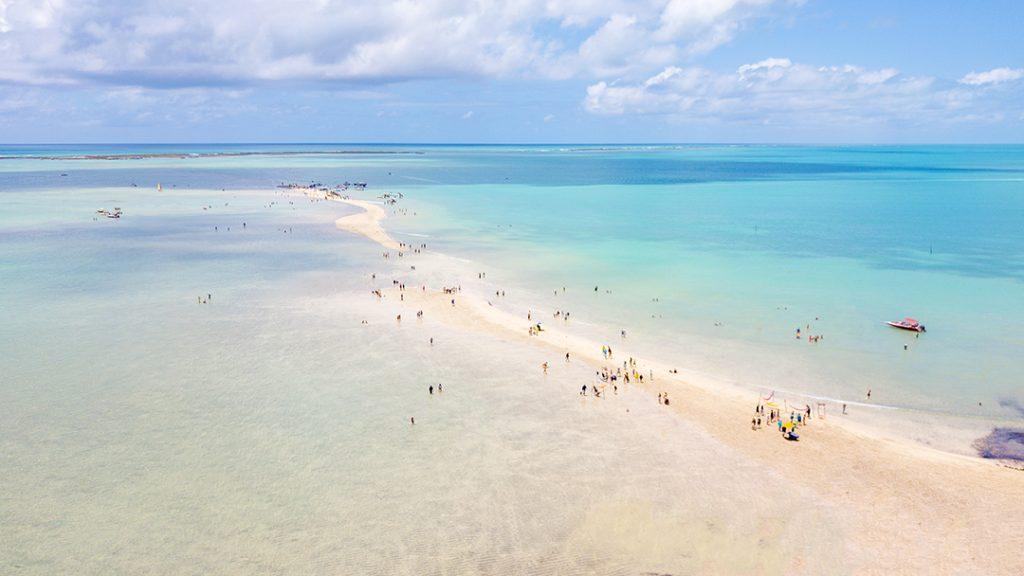 O famoso Caminho de Moisés, em Maragogi Alagoas